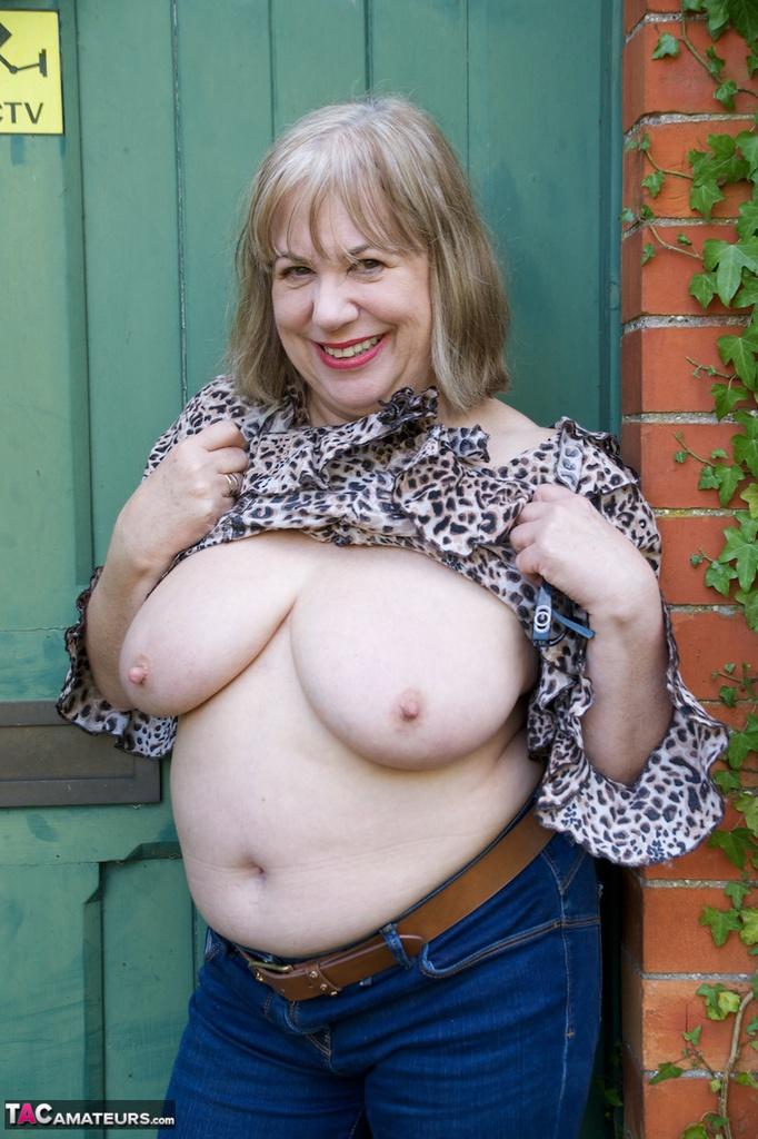 wife pussy mature British flashing